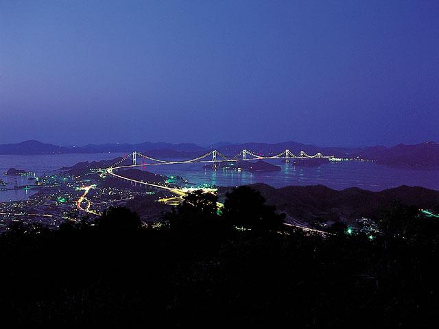 来島海峡大橋夜景(遠景)