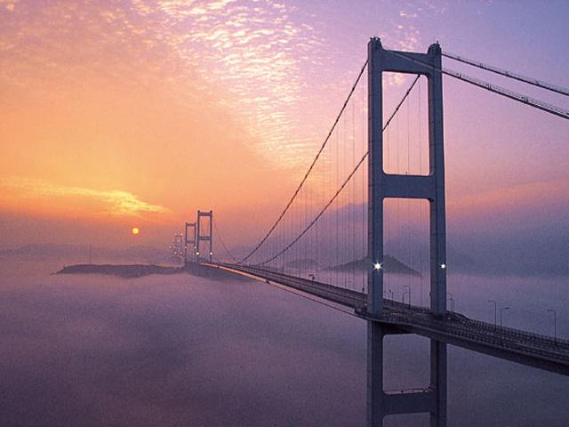 来島海峡大橋朝日