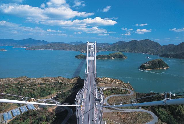 来島海峡大橋登頂体験
