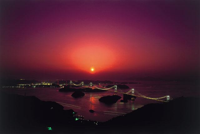 来島海峡大橋ライトアップ